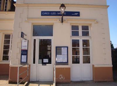 Cires-lès-Mello. La Gare