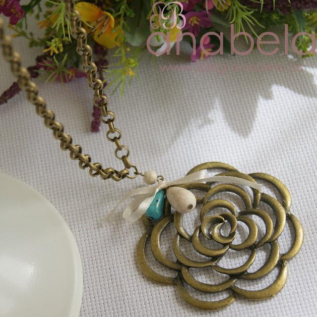 collar-roseta-bronce
