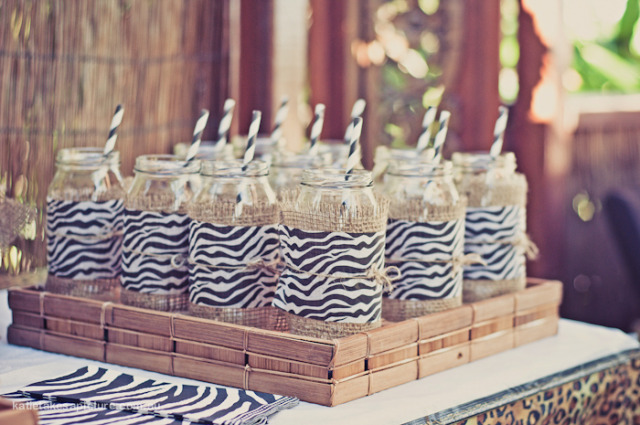A chi chi affair african safari 3rd birthday party for African party decoration