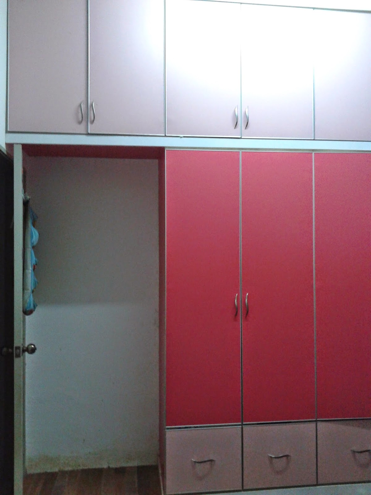 Built in wardrobe raya pink kaler