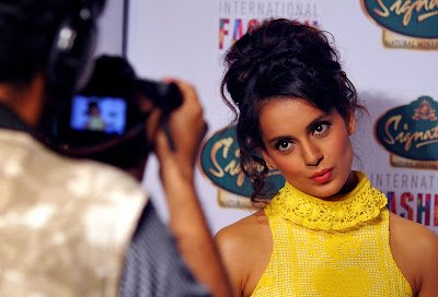 Mumbai, India, Bollywood, Actress, Kangana Ranaut, Model, Film, Showbiz,  'Signature International Fashion Week End, Fashion, Signature, Photographer,