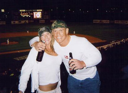 Kelly Kelly And John Cena Kissing