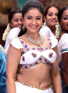actress navel is HOT Pics.jpg