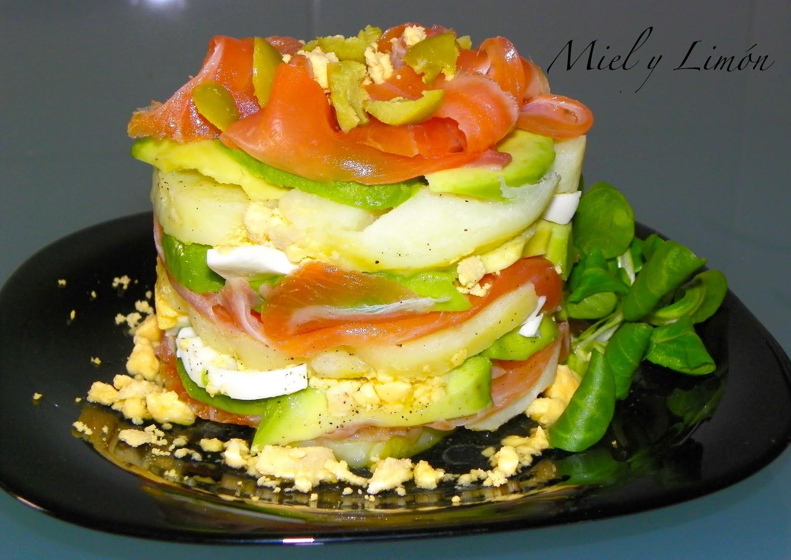 Milhojas de salm n aguacate y patata - Ensalada con salmon y aguacate ...