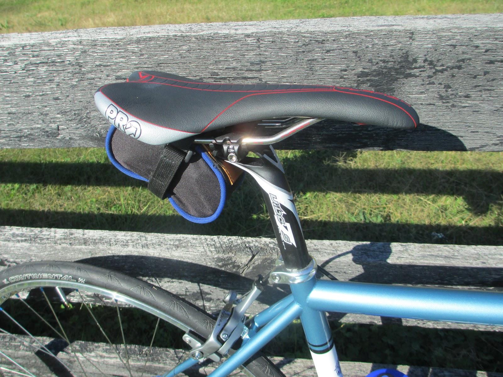 Pro Vibe 7 seatpost and a Pro Turnix Saddle.
