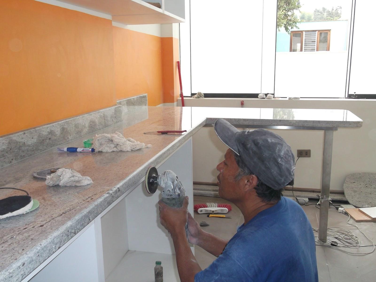 Topes encimeras cubiertas cocina marmol granito cuarzo for Como se limpia el marmol