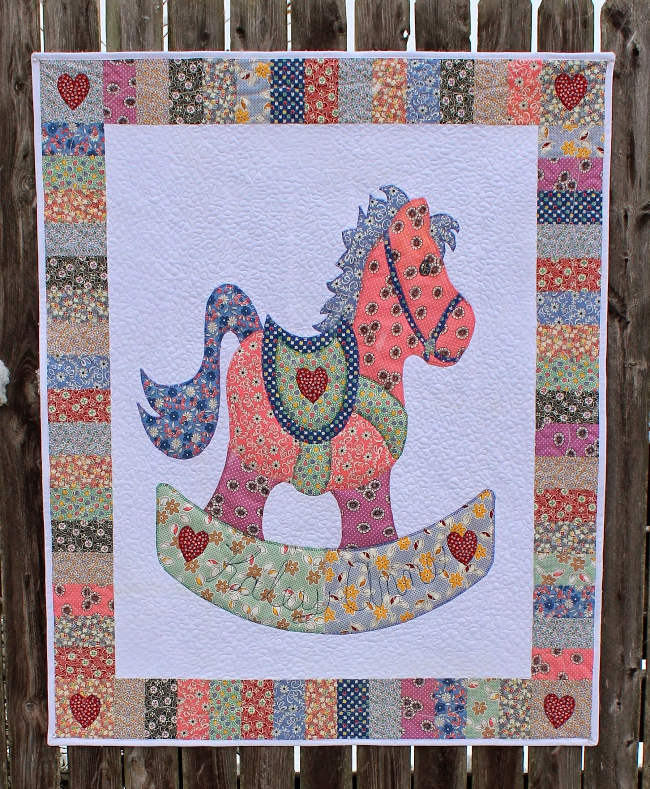 Quilt Patterns With Horses : Katie s Quilts and Crafts: Rocking Horse Baby Quilt