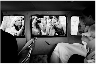 Professional Photography in Wedding  Article