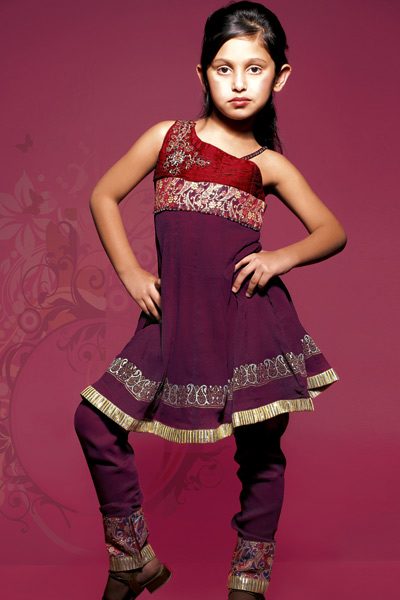 Fashion Dresses 2011   Girls on Traditional Indian Clothing  Kids Indian Clothes For Girls