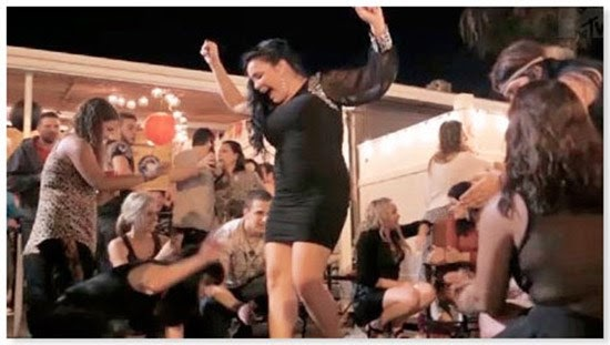 «Growing Up Greek»: Το MTV ..
