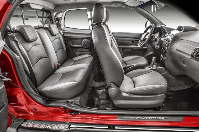 Nova Fiat Strada Adventure 2014 - interior