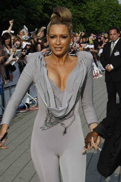 1001 fashion trends: Mandy Capristo fashion style | Style icon