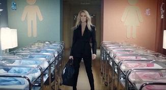 Cântăreața Celin Dion își lansează o nouă linie de haine gender-neutral pentru copii...