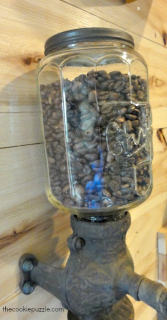 Glass Coffee Grinder - The Cookie Puzzle