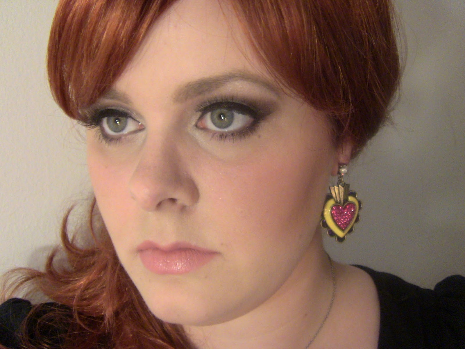 Pretty girls in pearls adele makeup tutorial adele makeup tutorial baditri Image collections