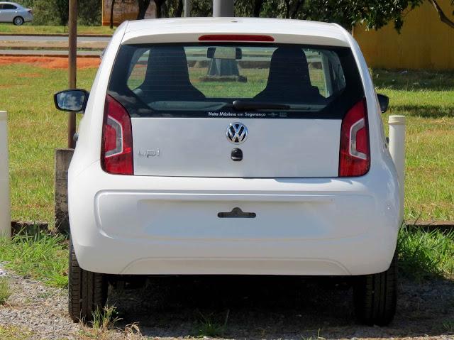 Volkswagen up! 2015 4 portas - Branco