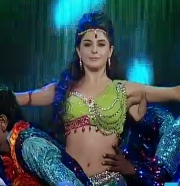 Fabulous dance by isha talwar d4dance after she worked as a model and appeared in various commercial she made her film debut with the 2012 malayalam film thattathin marayathu altavistaventures Gallery