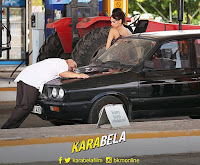 otomobiline aşık