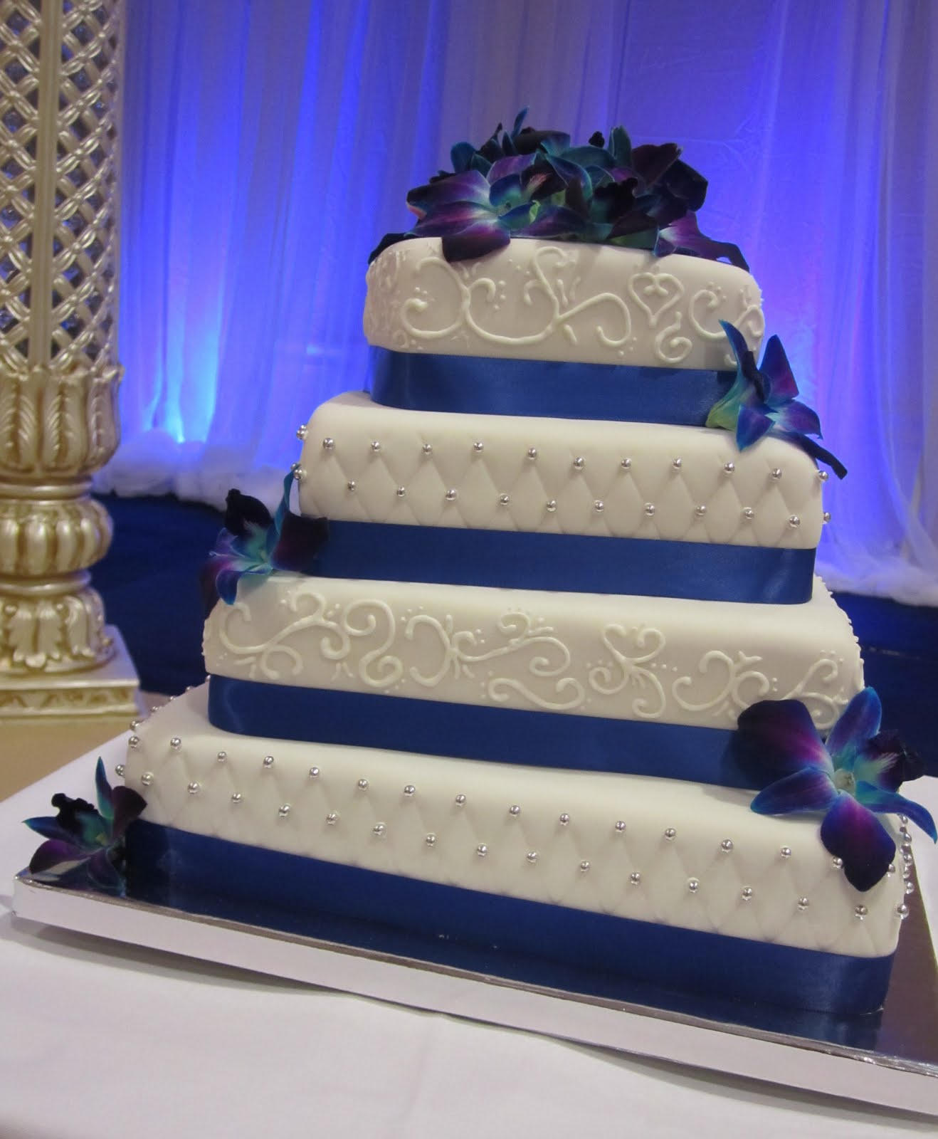 Blue And Purple Wedding Cakes & Becuo