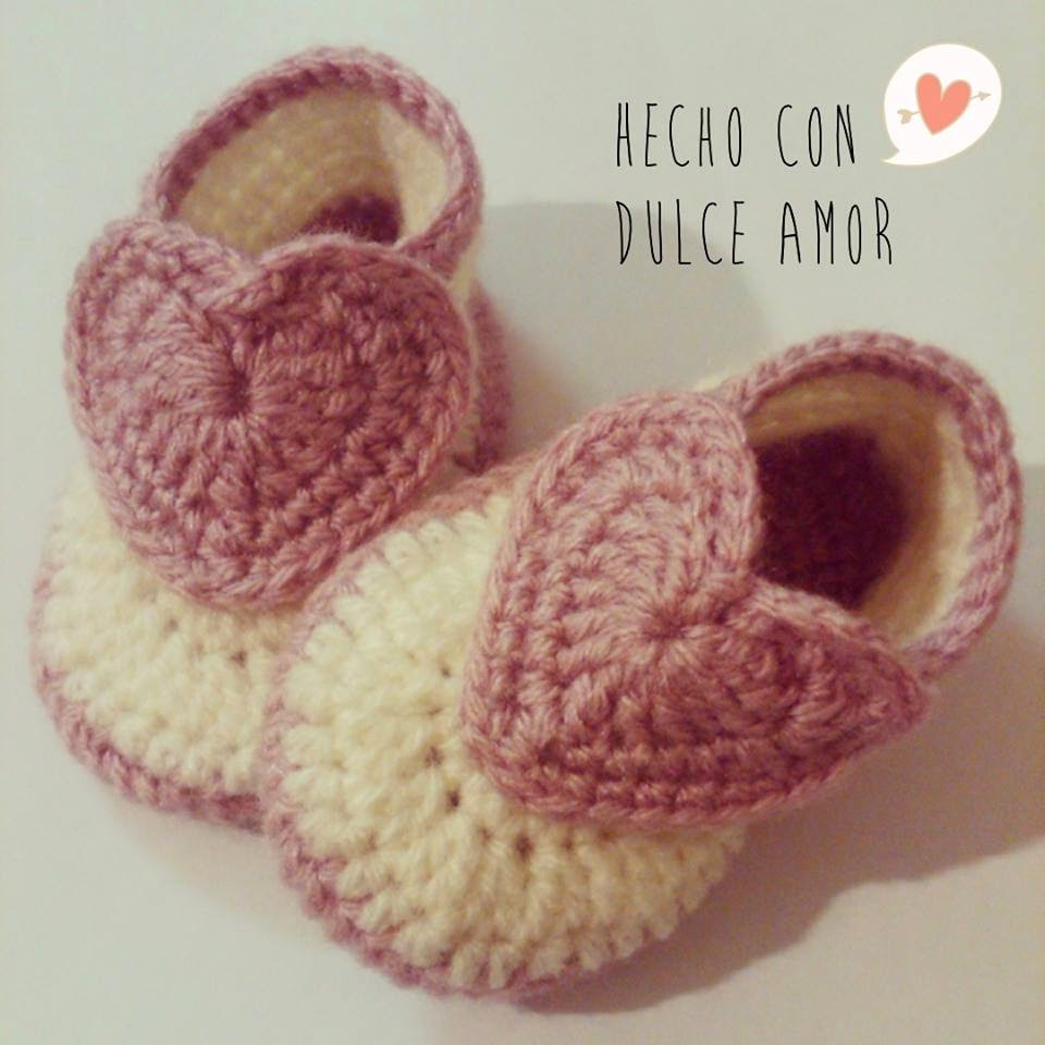Hecho Con Dulce Amor: Zapatitos a Crochet