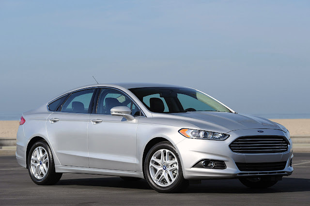 фото Ford Fusion 2013