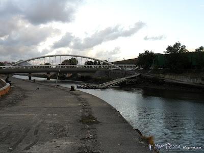 Desembocadura del Galindo y puente de Manterola