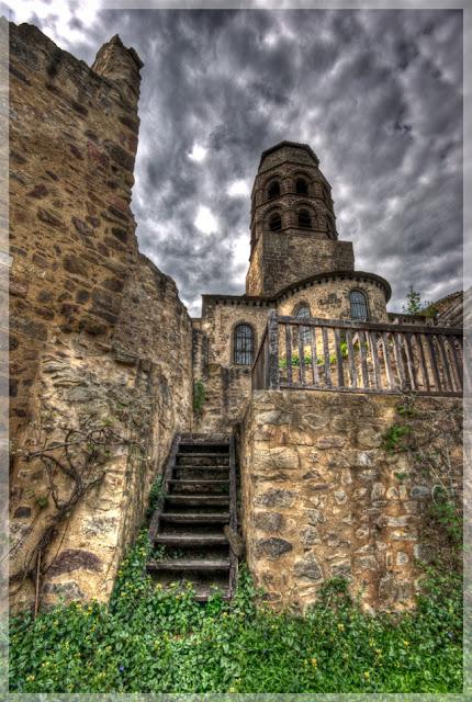 monuments auvergne, église haute loire