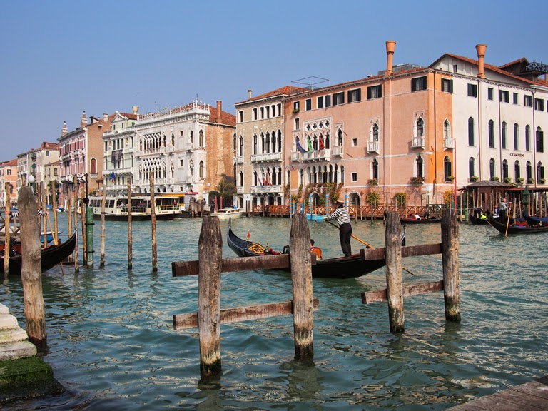 stylish venice travel guide