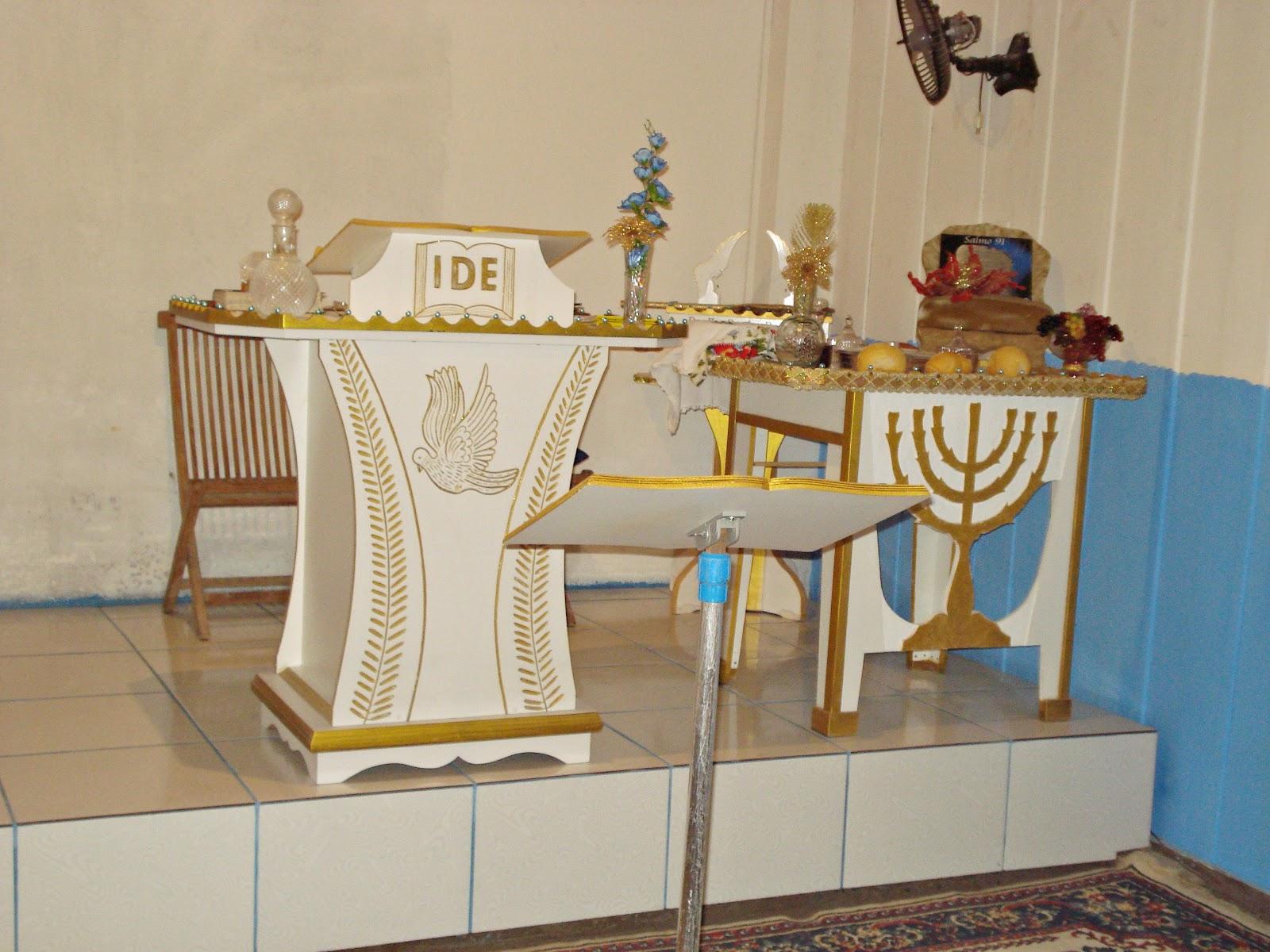 Arte em madeira: Púlpito Mesa para Santa Ceia Mesa de Som #A17E2A 1600x1200