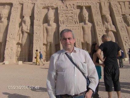 VISITANDO LOS TEMPLOS DE ABU SUMBEL, JUNTO AL LAGO NASSER. EGIPTO