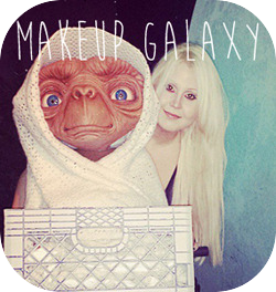 ♥ JACKIE AND E.T. IN THE ENDLESS GALAXY ♥