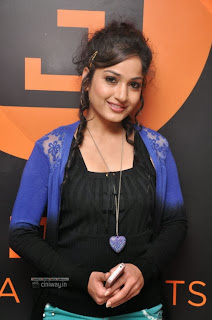Madhavi-Latha-Stills-at-Josh-Media-Launch