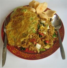 Resep nasi goreng spesial - www.tabloidkuliner.com
