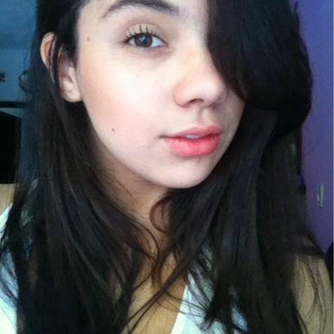 Vitoria (@vitoria_nb)