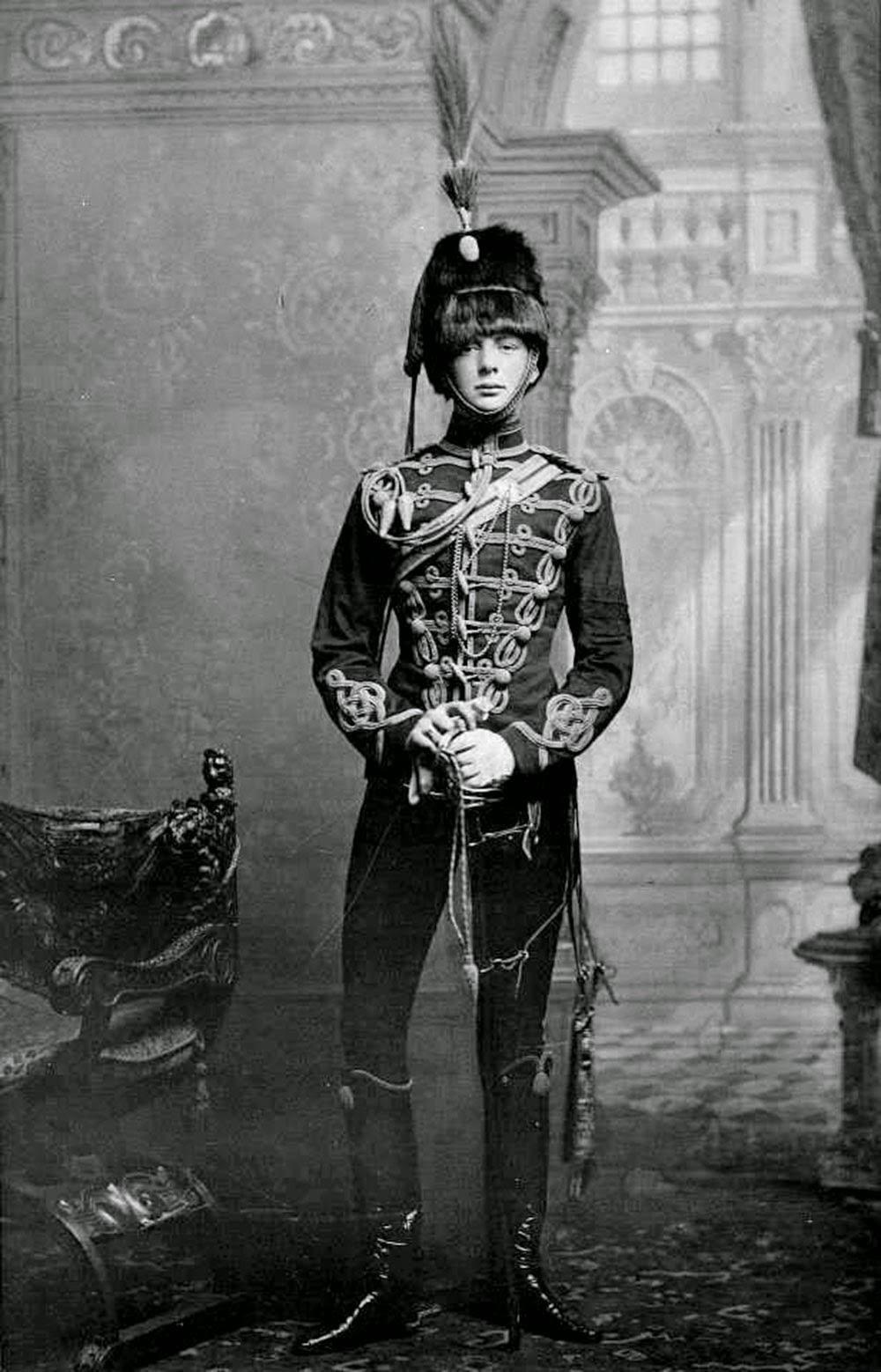 A rare portrait of a young Winston Churchill in uniform, 1895 ...
