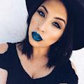 Яркий Электрик: самый трендовый цвет в макияже глаз и губ