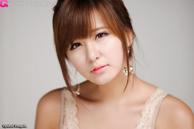 Ryu-Ji-Hye-V-Neck-Sequin-Dress-04-very cute asian girl-girlcute4u.blogspot.com
