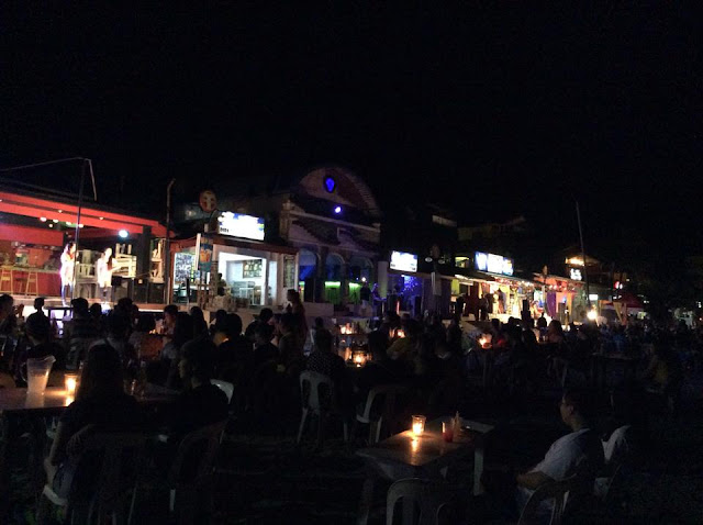 puerto galera beach nightlife