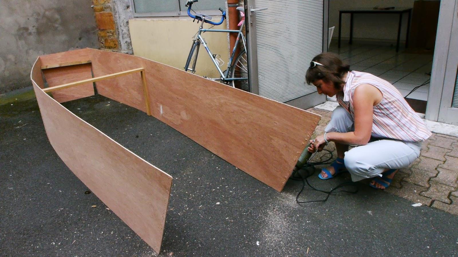 film dans les orties et sur l 39 asphalte film r alis par jean pierre sougy les films de l. Black Bedroom Furniture Sets. Home Design Ideas