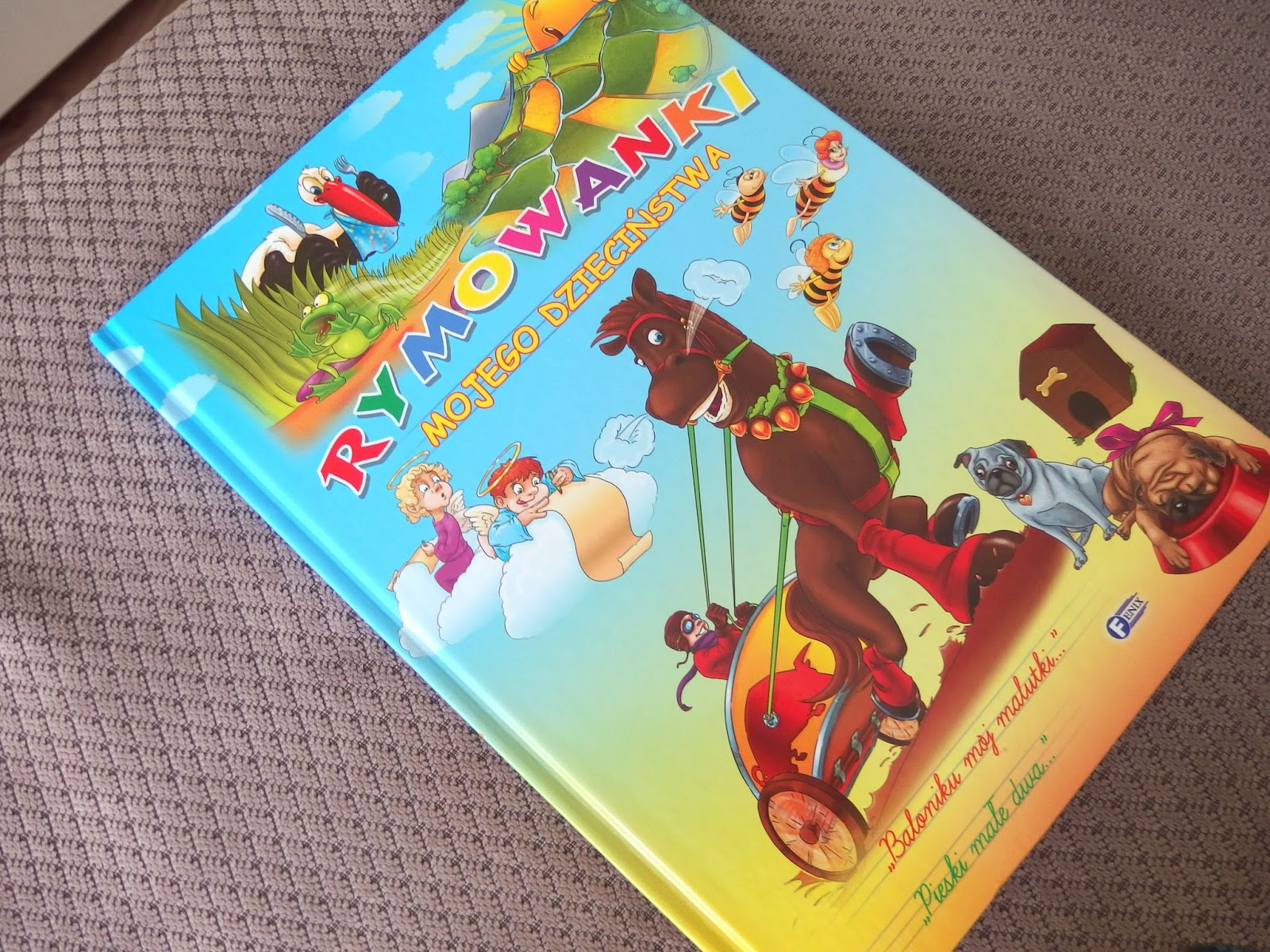 książka z rymowankami