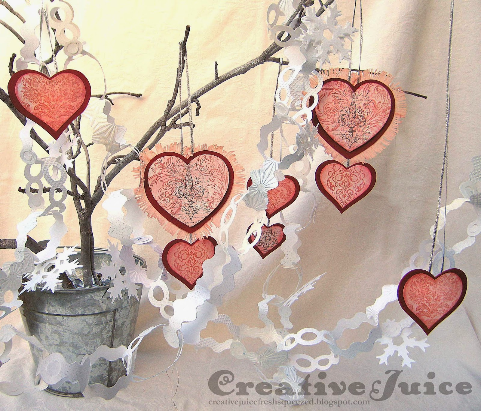 Lisa Hoel_Vintage Kitchen Garland_Valentine's Day