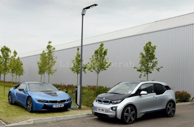 BMW Light & Charge