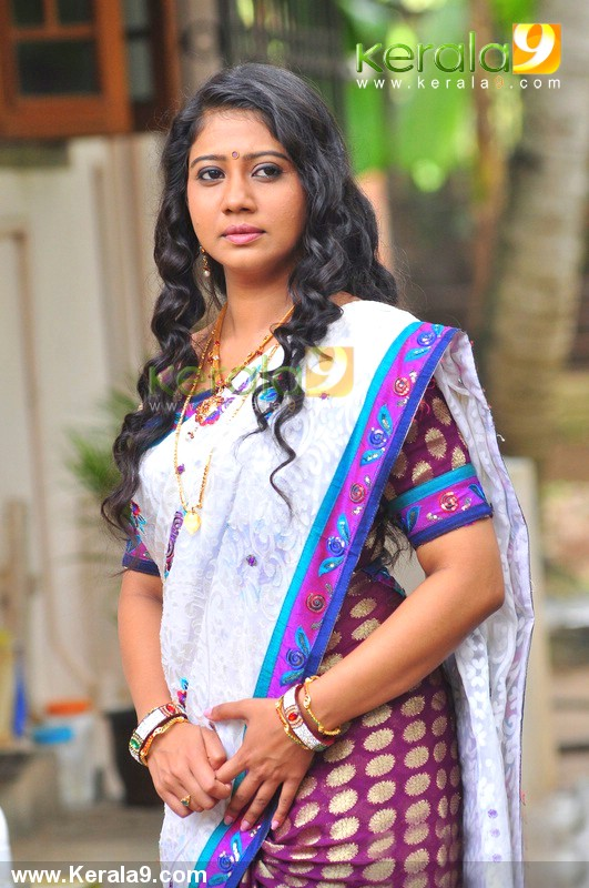 Actress sneha rachana narayanankutty hot new photos in saree from rachana narayanankutty hot new photos in saree from new malayalam movie one day joke altavistaventures Gallery