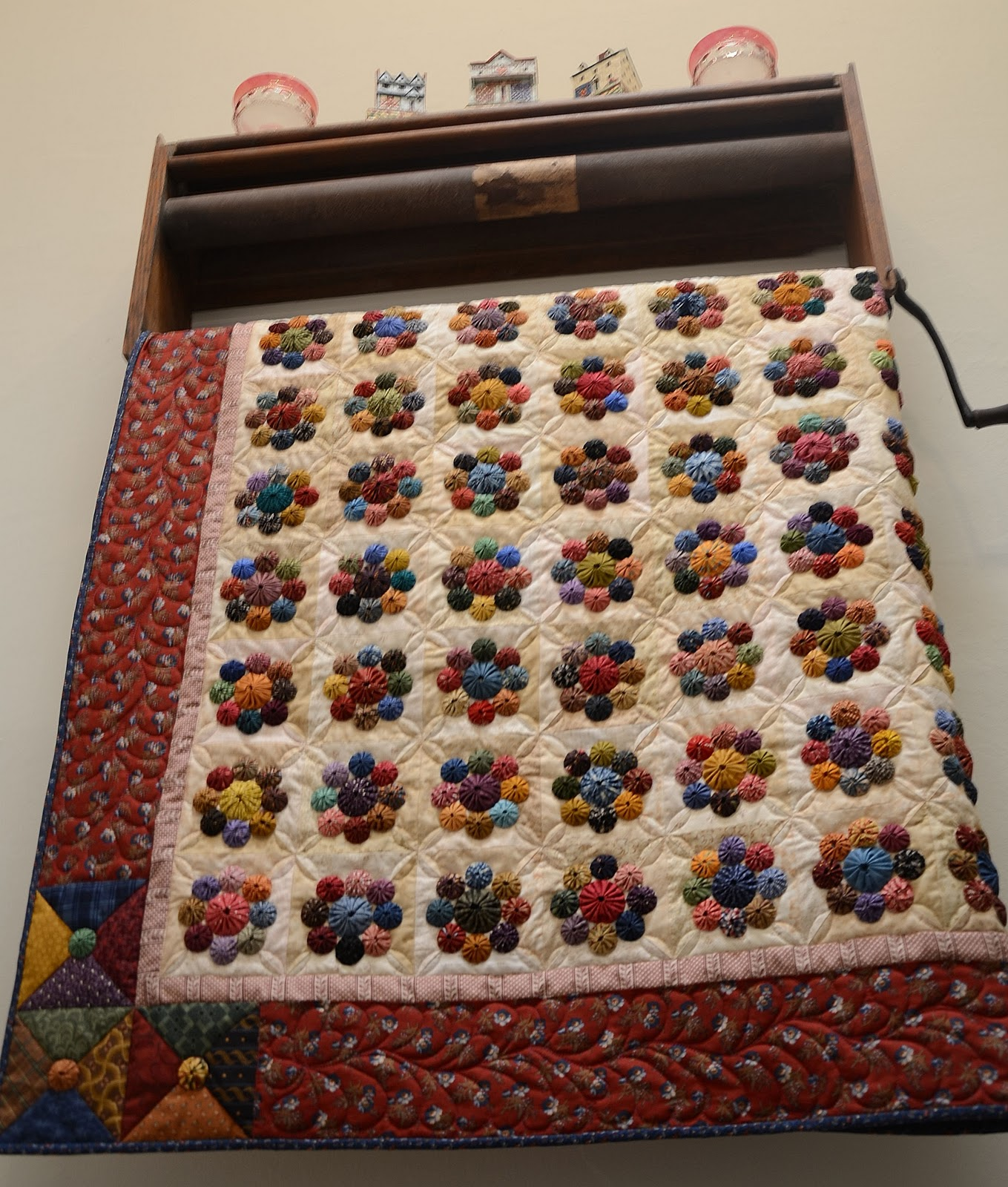 Sewn Wild Oaks Quilting Blog The Yo Yo Quilt Is Done