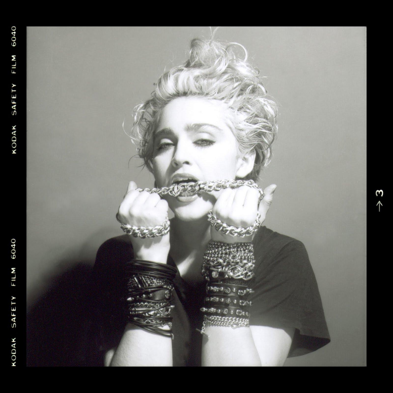 http://3.bp.blogspot.com/-C4V1WAJ_owA/TkrcvyXX8wI/AAAAAAAAAJo/DYrQvYoEJqo/s1600/Madonna_148.jpg
