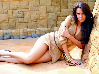 Neha-Dhupia-Maxim-2010-Photo-no-pants