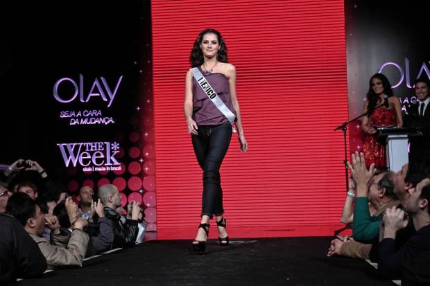Miss Universe 2011 Contestants exercises2