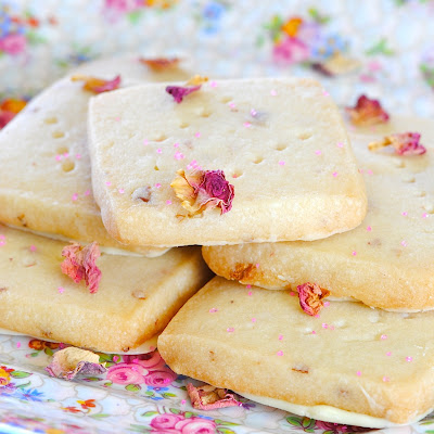Cardamom-Vanilla Shortbread With White Chocolate And Rose Petals ...