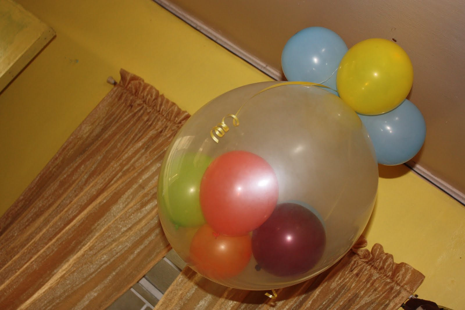 The manic mama my blog for What can you make with balloons