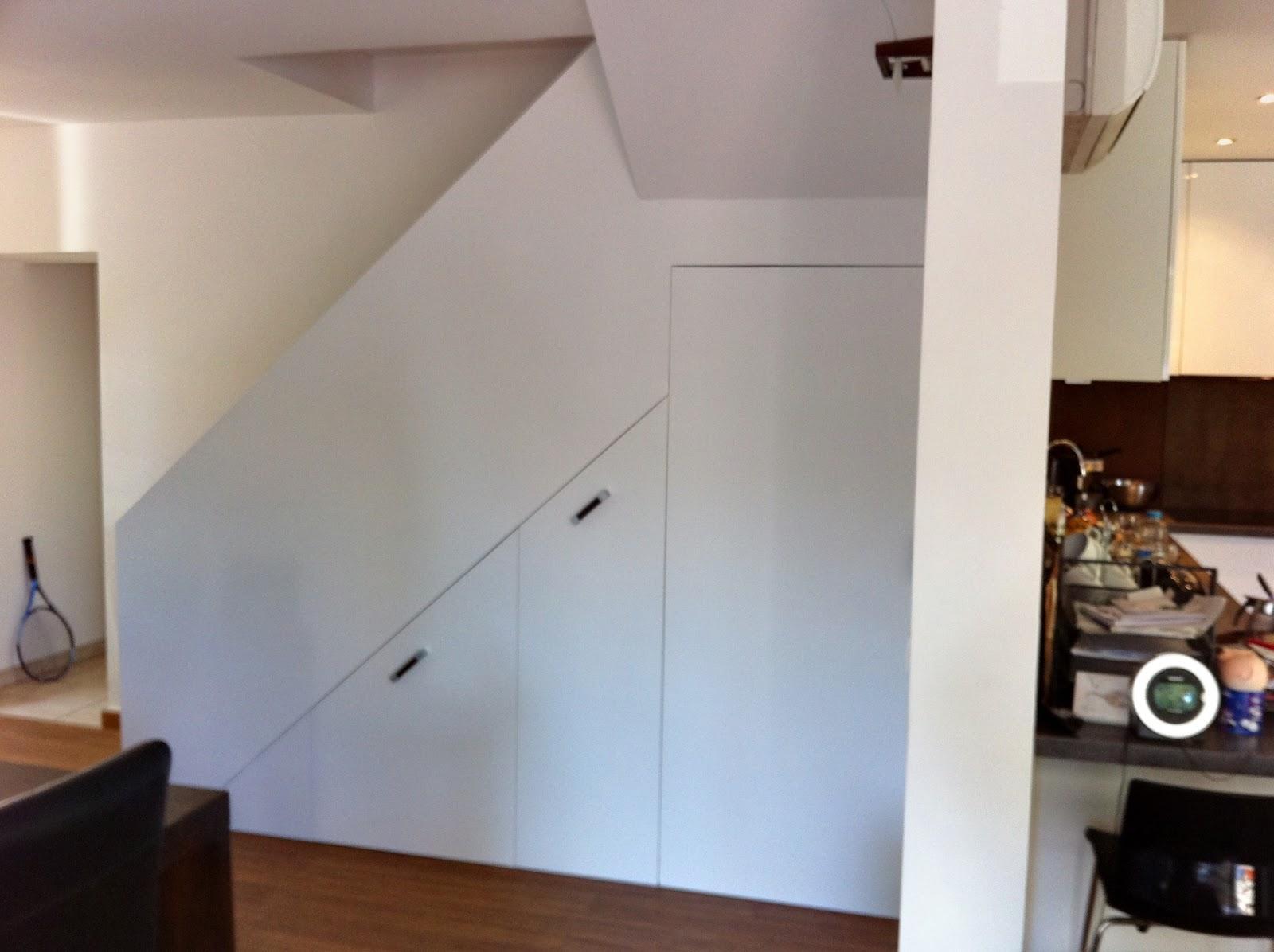 Lhommeatoutfaire r novation int rieure agencement - Habillage sous escalier ...